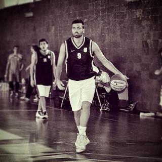 Sergi Santateresa - Jugador de baloncesto Maristes de Sants