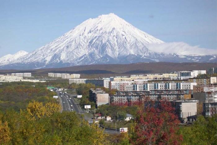 petropavlovsk-kamchatsky-beautiful-places-in-russia