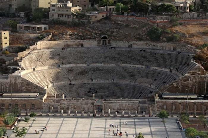 the-roman-theater-of-amman-historical-theaters