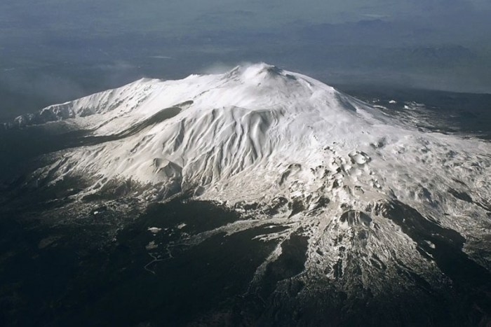 mount-etna-famous-volcanoes
