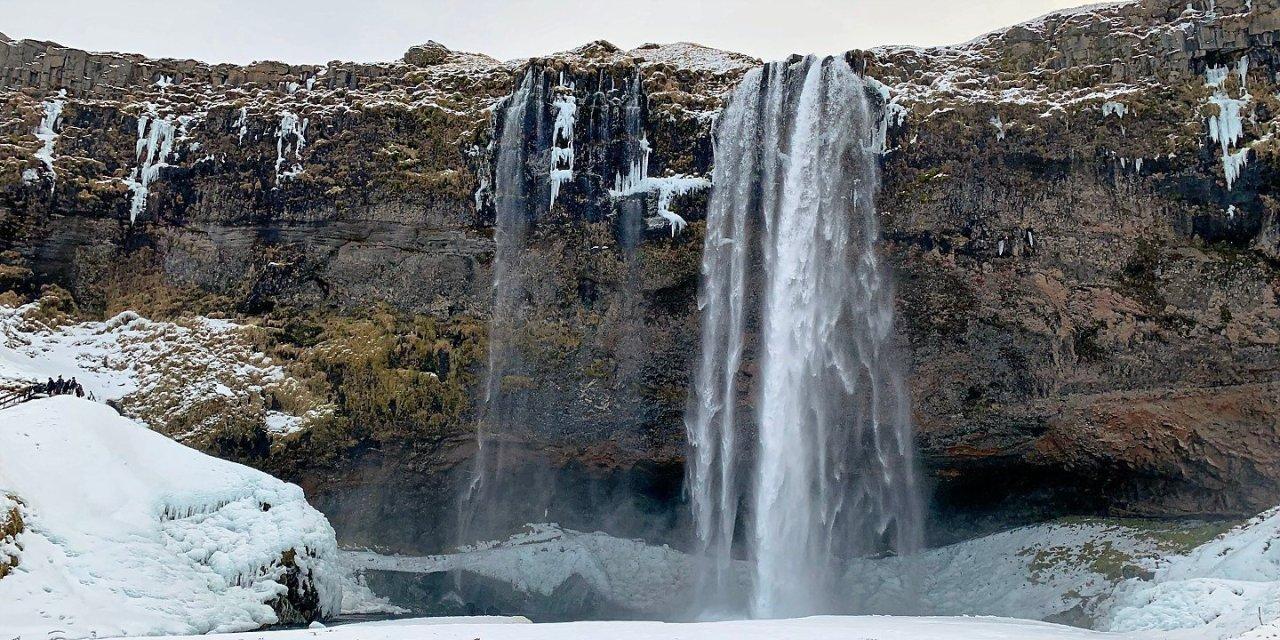 Seljalandsfoss: los males del turismo en Islandia