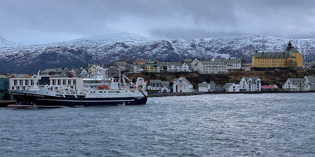 Zarpando de Ålesund