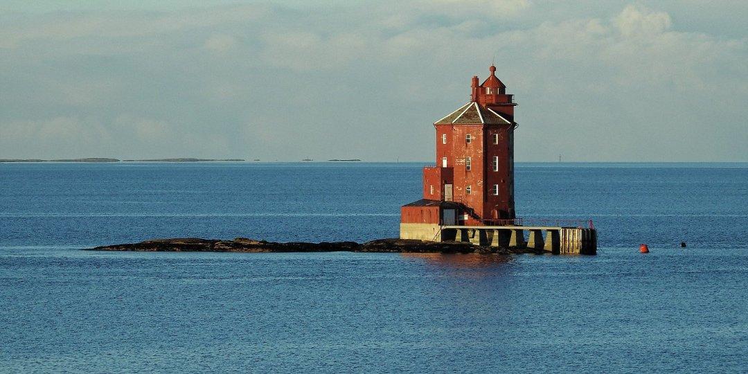 Faro de Kjeungskjæret 1