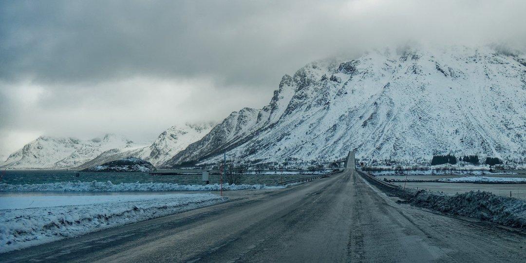 Llegando a Gimsøybrua