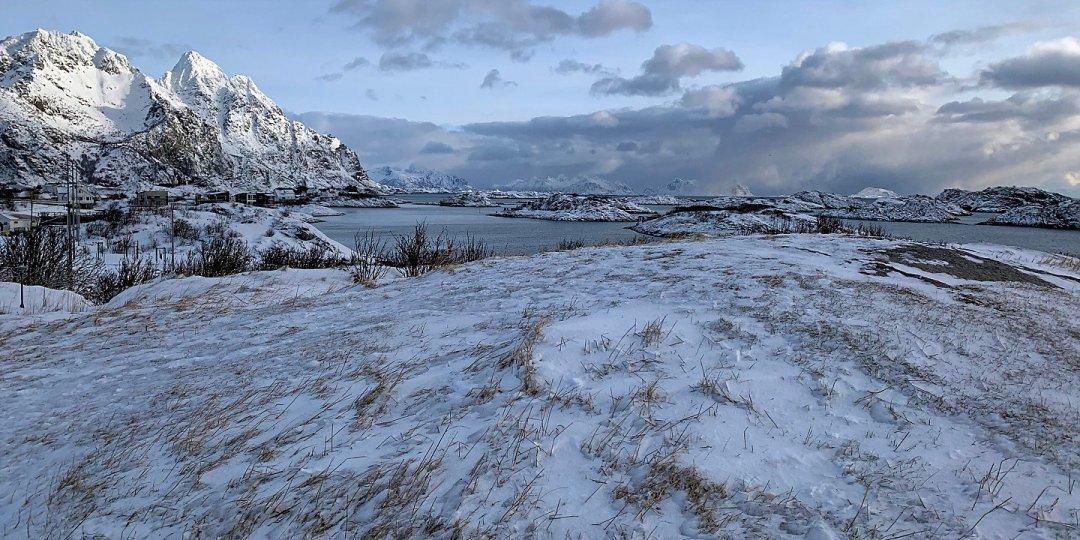Día de invierno en Henningsvær