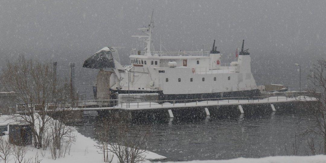 El ferry de Stormolla