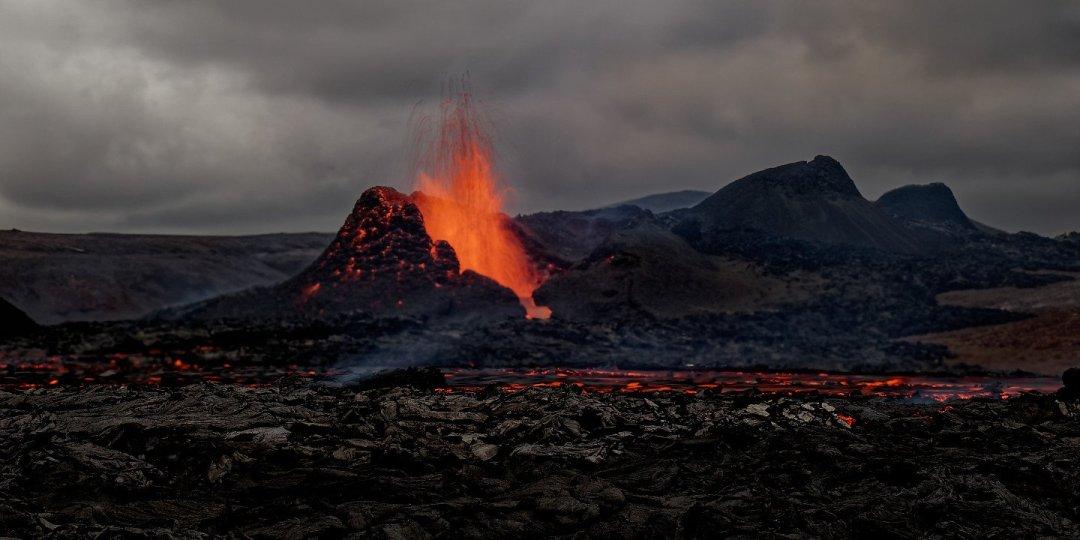 Erupción al aterdecer