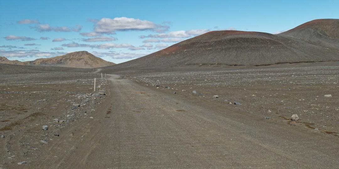 Carretera 208 en las inmediaciones de Hnausapollur