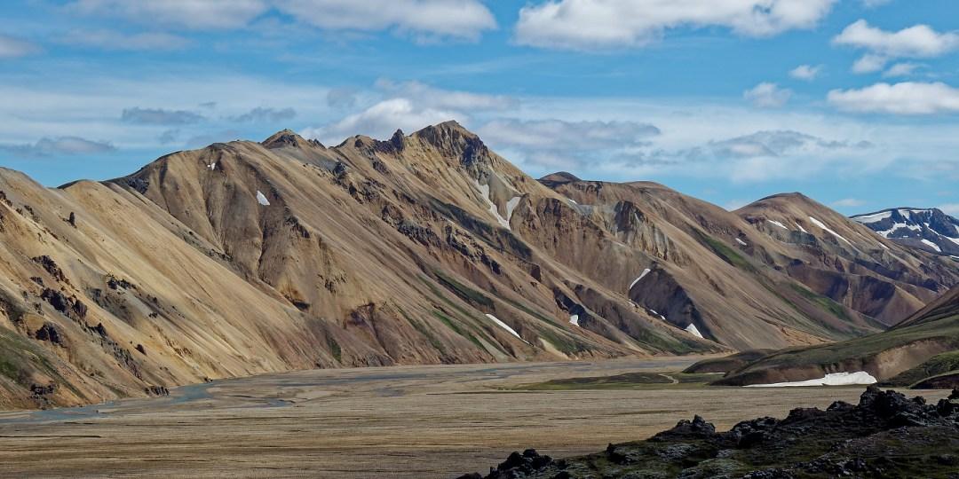 Montañas más allá del Jokulgilskvisl