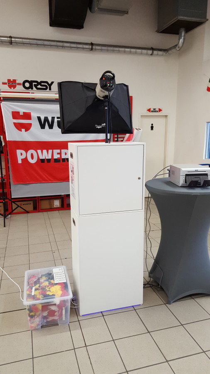 Die Fotobox in der Würth Niederlassung in Paderborn. Auch ihr könnt die Fotobox mieten!