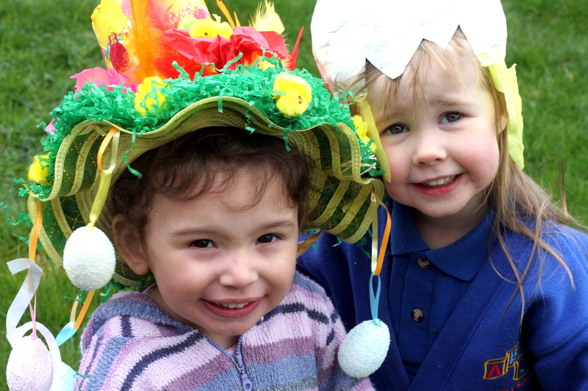 Cracking photos of Derbyshire children celebrating Easter in years gone by   Derbyshire Times