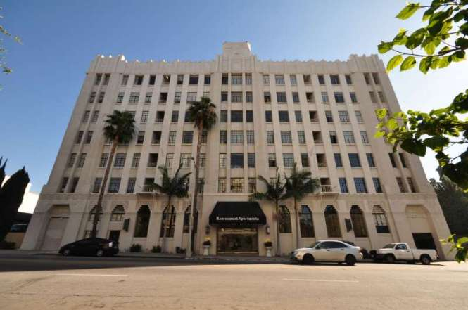 Ravenswood Apartment Als In Los Angeles