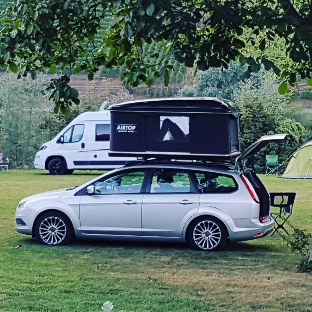 Tolle Camping Idee. Natürlich Holländisches Kennzeichen.com