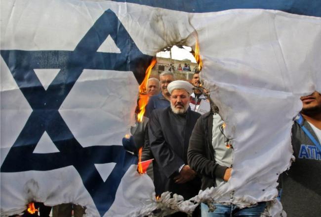 Støtten til Israel er synkende i USA. Det er farligere for landet enn Iran.