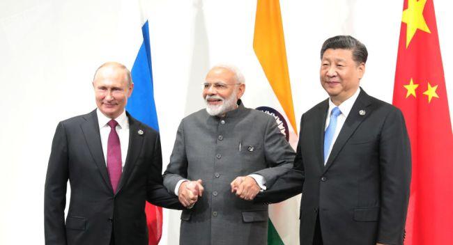Russland, Kina og India utvikler et nytt betalingssystem uavhengig av Swift som er kontrollert av USA og vestlige land.