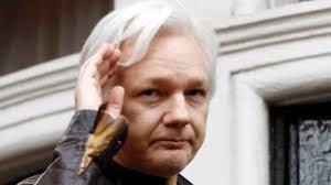 Tidligere britisk ambassadør Craig Murray forteller om sin opplevelse fra 1. rettsmøte i saken mot Julian Assange.