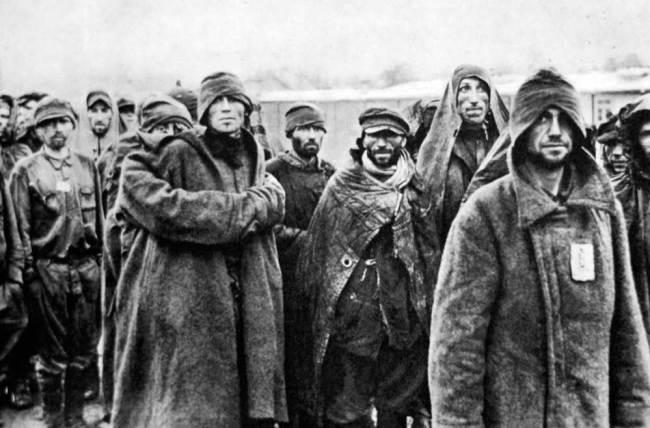 Den største krigsforbrytelsen i antallet døde i Norge under 2. verdenskrig var behandlingen av de sovjetiske krigsfangene.