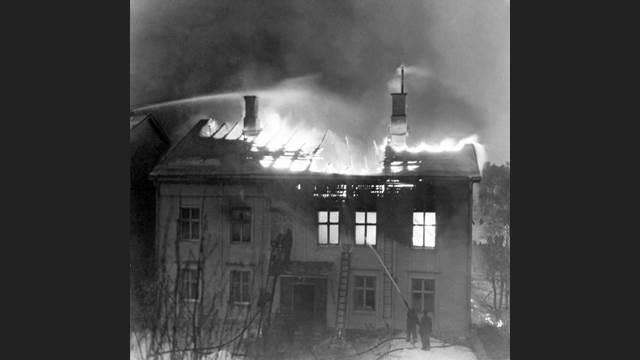 I 1940 ble den kommunistiske avisen Norrskensflammans avishus påtent. 5 mennesker omkom, av dem to barn.