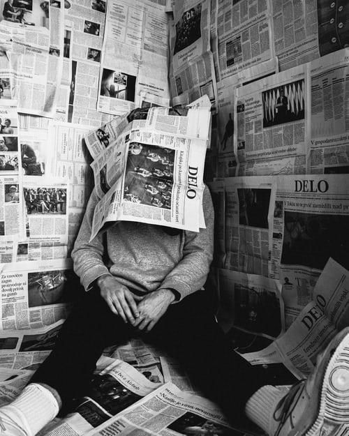 Er mediene samfunnskritiske eller kamuflerte og  en del av samfunnets skjulte maktapparat?