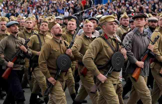 """Hviterussland ble presset av IMF til """"lockdown"""" for å få lån. De avslo og holdt landet åpent. Svært få dødsfall av Covid-19."""