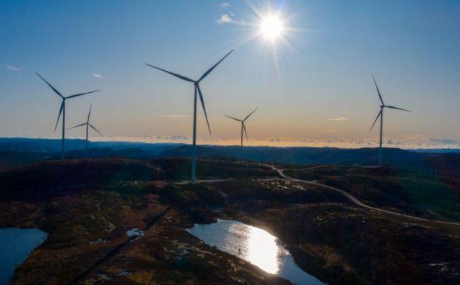 Utenlandske investorer raserer norsk natur og lokalsamfunn under etiketten «klimavennlige». Profitten sendes til skatteparadiser.