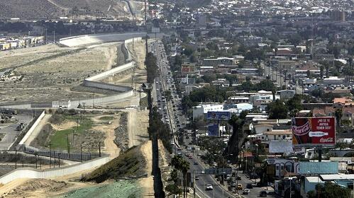 abd-meksika-siniri Kudüs'leştiremediğimiz Dünya İsrail'leşiyorKudüs'leştiremediğimiz Dünya İsrail'leşiyor