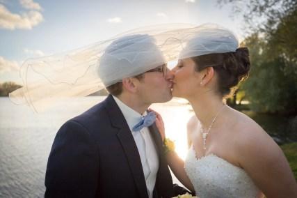 Zweisamkeit unterm Brautschleier