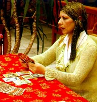 Nermin Şeniz'la Tarot Üzerine