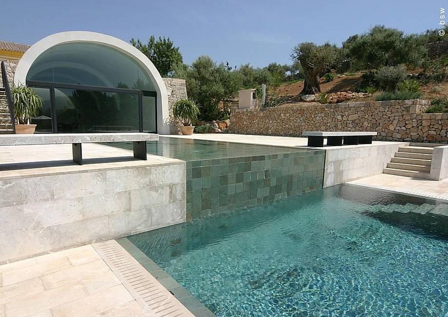 Moderner Mediterraner Pool Und Garten Bsw