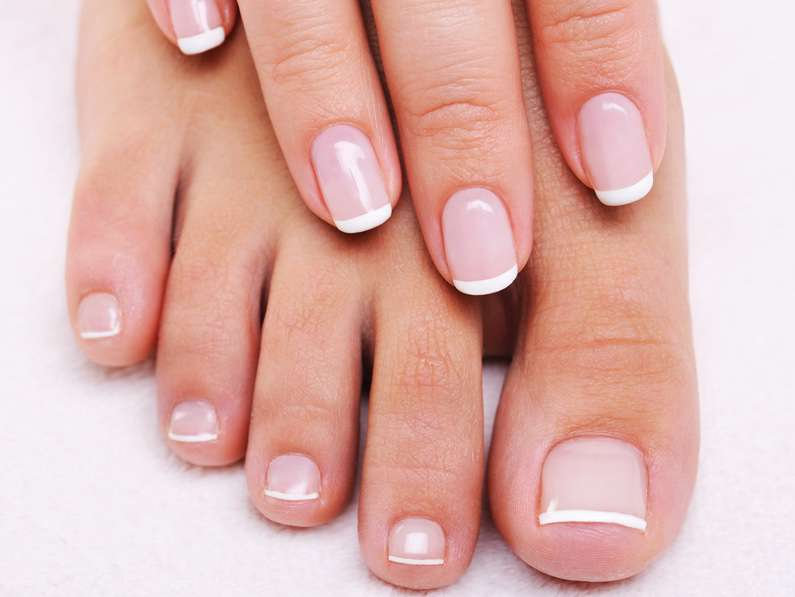 Nail polish: tips from a cosmetic dermatologist