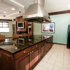 Kitchen Remodeling Virginia Beach Brandsmart Appliance Packages The Cosmopolitian Va Dernis International