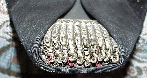 """GROUPING - NAVY FREGATTENKAPITÄN'S """"FORE AND AFT"""" CAP AND DRESS SHOULDER BOARDS WITH STORAGE BOX - Imperial German Military Antiques Sale"""