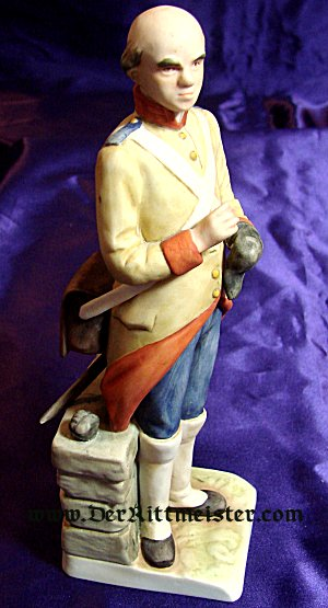 GERMANY - FIGURINE - 18TH CENTURY OFFICER - GOEBEL -  PORCELAIN - Imperial German Military Antiques Sale