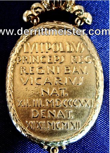 SILVER/GOLD OVAL PRESENTATION MEDALLION/PENDANT COMMEMORATING PRINZREGENT LUITPOLD von BAYERN'S LIFE - Imperial German Military Antiques Sale