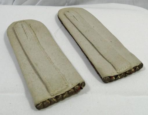 PRUSSIA - SHOULDER BOARDS - OBERLEUTNANT -  GRENADIER REGIMENT  Nr 1 - Imperial German Military Antiques Sale