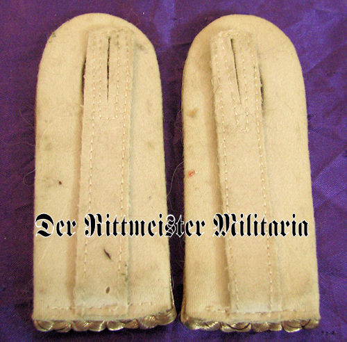 PRUSSIA - SHOULDER BOARDS - LEUTNANT - 5. GARDE-REGIMENT zu FUß - Imperial German Military Antiques Sale