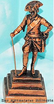 SMALL STATUE - FRIEDRICH DER GROßE - Imperial German Military Antiques Sale