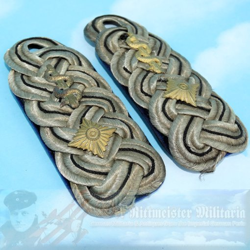 PRUSSIA - SHOULDER BOARDS - OBERLEUTNANT - MEDICAL UNIT - Imperial German Military Antiques Sale