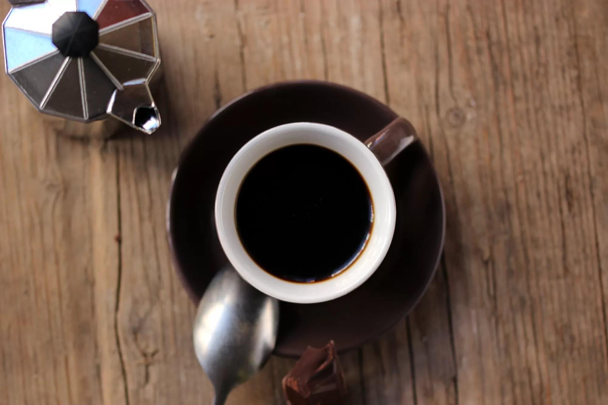 tazzina-caffe-espresso-e-cioccolata
