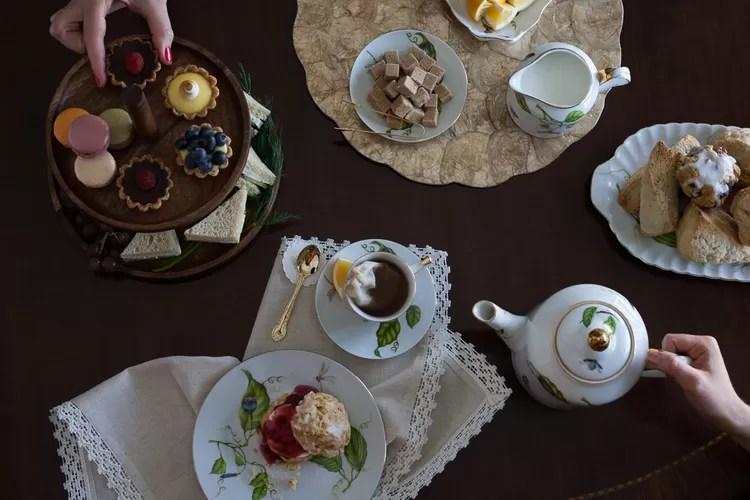Storia delle cerimonie del tè - L'afternoon tea inglese delle cinque