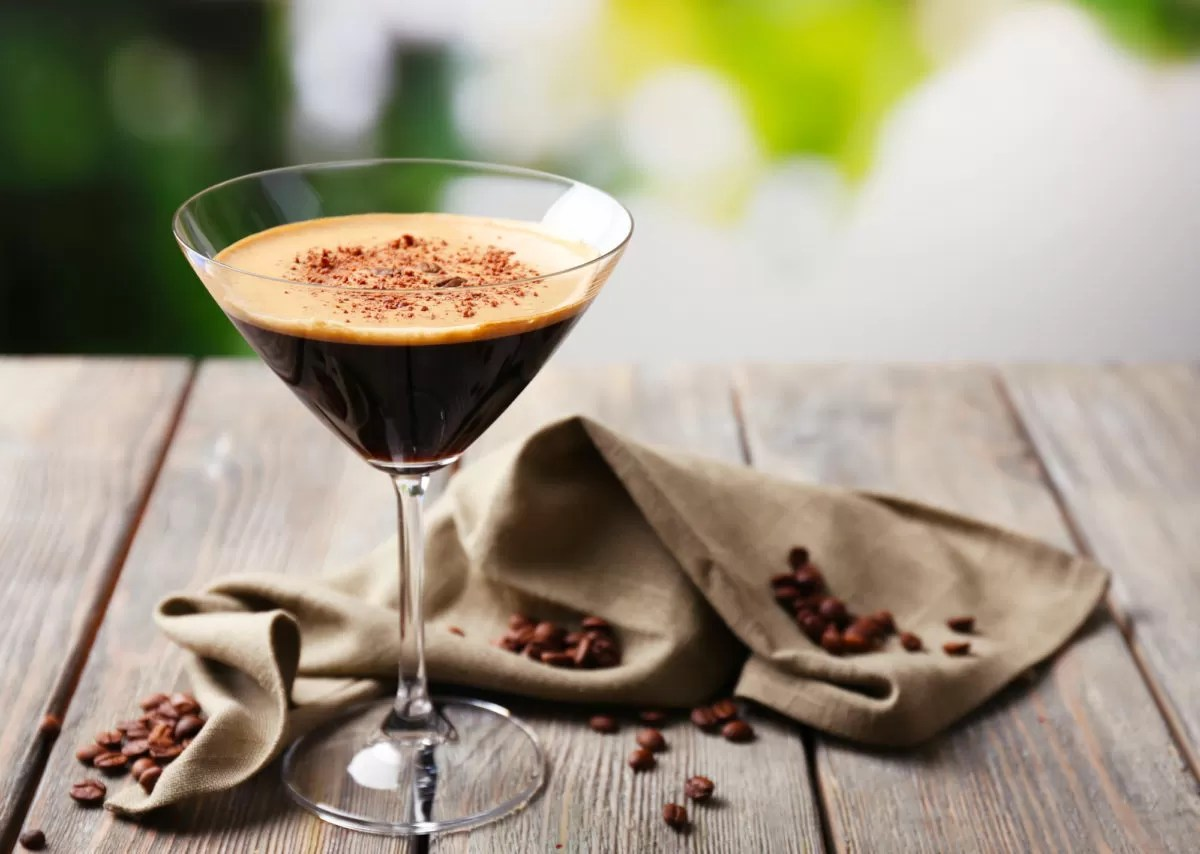 Cocktail al caffè: le ricette dei più famosi, da servire anche a casa