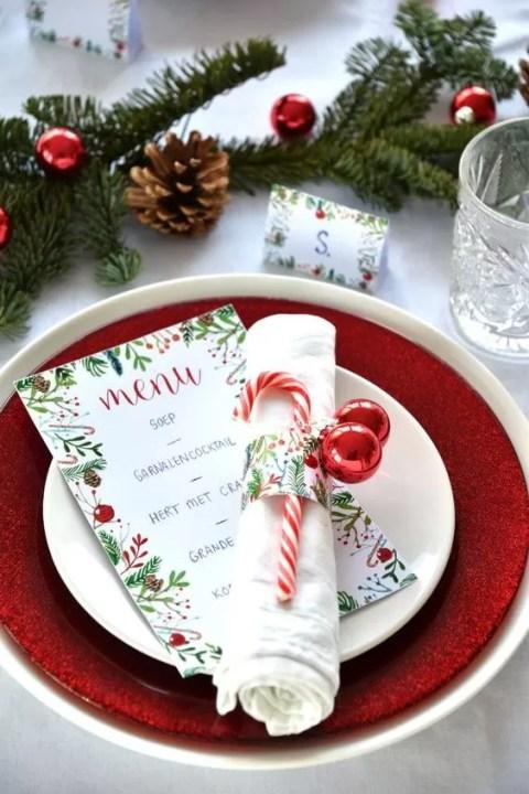 tavola di natale - mise en place classica con menu
