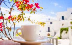 come servire il caffè all'aperto - idee per giardino, balcone e terrazza