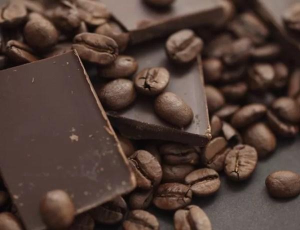 Caffè e cioccolato: come goderselo a colazione, pranzo e cena.