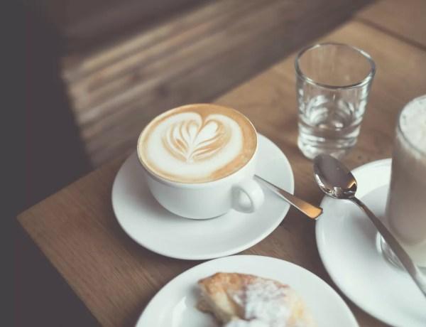 caffè e umore - tazzina al bar
