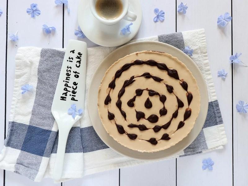 Cheesecake al caffè e cioccolato senza cottura