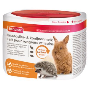 foto van een pak knaagdier en konijnen melk
