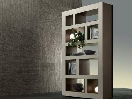 Pareti attrezzate e librerie per separare ambienti