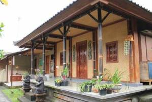 Moneng Homestay Desa Penglipuran Bangli Bali