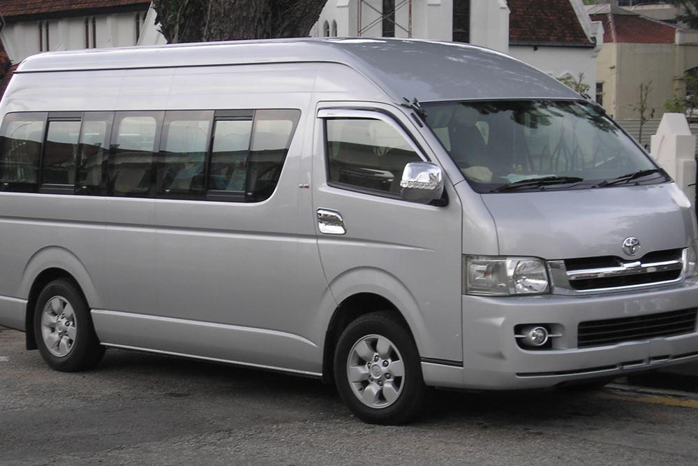 Transport Service Desa Penglipuran - Toyota Hiace 02